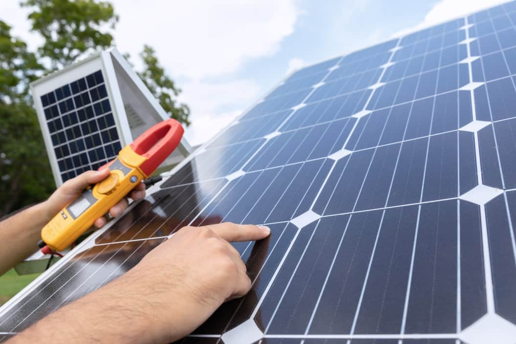solar panel troubleshooting using an energy measurement tool