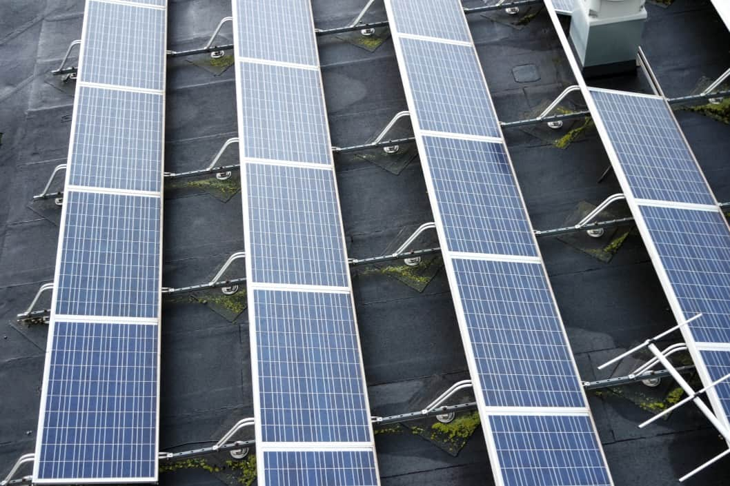 solar panels on commercial flat roof
